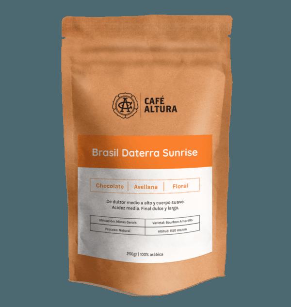 Foto de envase de bolsa de cafe en grano origen Brasil Daterra Sunrise